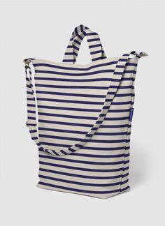 Baggu Duck Bag (100% Recycled Cotton Canvas) - Color: Sailor Stripe