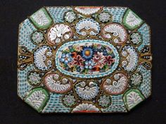 LARGE STUNNING ANTIQUE  ITALIAN MICRO MOSAIC GOLD BRASS TONE FLORAL BROOCH PIN