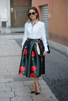 Valentino rockstud heels with midi skirt Valentino Rockstud Heels, Rockstud Pumps, Cut Shirts, Midi Skirt, Women Wear, Style Inspiration, My Style, Skirts, Fashion Trends
