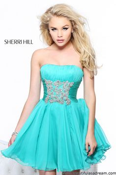 Sherri Hill::: The colour is amazing with bling high belt <3#sherrihill  I really love this dress and the color! im obsessed