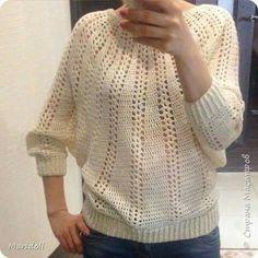SWEATER a crochet (jersey, saco, suéter, pullover) Mode Crochet, Diy Crochet, Crochet Baby, Crochet Top, Gilet Crochet, Crochet Cardigan, Granny Stripes, Crochet Stitches Patterns, Crochet Woman