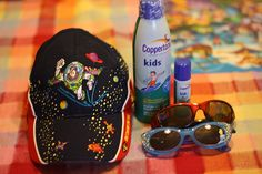 What to take in a backpack to a theme park with small children. Great article helpful:-)