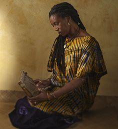 Shona woman with a kalimba