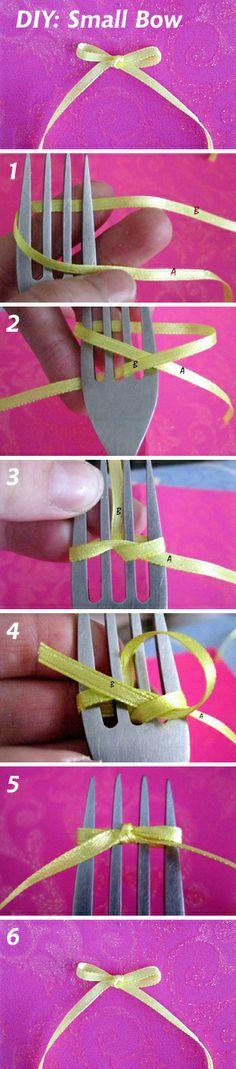 DIY: How to make a small bow (Как завязать маленький бантик с помощью вилки). See more: http://www.livemaster.ru/topic/591741 #DIY #handmade