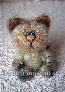 DIY Cute Kitty Cat Amigurumi - FREE Knit Pattern / Tutorial