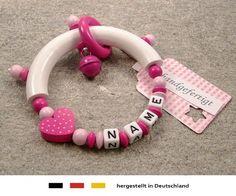 Baby Greifling Beißring halbrund mit Namen   individuelles Holz Lernspielzeug als Geschenk zur Geburt & Taufe   Mädchen Motiv Herz in pink, http://www.amazon.de/dp/B00AQF63DM/ref=cm_sw_r_pi_awdl_YoAhvb0FN20C7