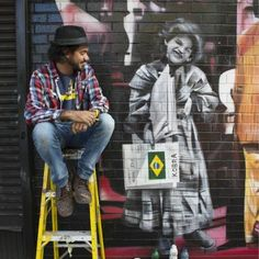 Kobra (artista de rua) - Vila Madalena/SP