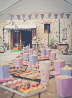 Popcorn et toasts Garden Party Decorations, Baby Shower Decorations, Wedding Decorations, Baby Shower Buffet, Diy Wedding, Wedding Reception, Happy Party, Event Decor, Communion