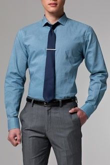 Great professional wear for those that do not own a suit! Stylish Office Wear, Stylish Men, Casual Office, Office Uniform, Moda Formal, Metal Shirts, Men Dress, Shirt Dress, Office Outfits Women