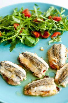Appunti di cucina di Rimmel: Sandwich di alici con provola e pomodorino
