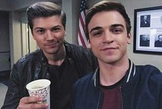 Image uploaded by Captain Voight II. Find images and videos about netflix, serie and mtv on We Heart It - the app to get lost in what you love. Scream Tv Series Cast, Scream Cast, Mtv Scream, Amadeus Serafini, Movies And Tv Shows, Find Image, Movie Tv, It Cast, Boys