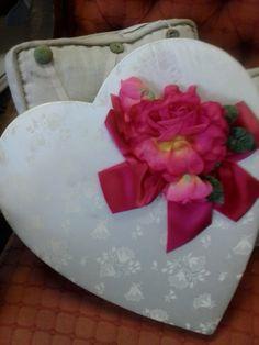 Vintage 1948 Valentine Candy Box by MuddyRiverAntiques on Etsy, $22.00