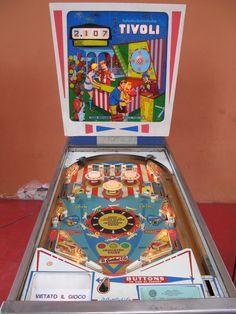 """1968 Tivoli """"Gottlieb""""Pinball Machine"""