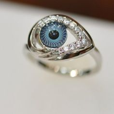 Eye Ring, Love it.  You can get it at Fancy