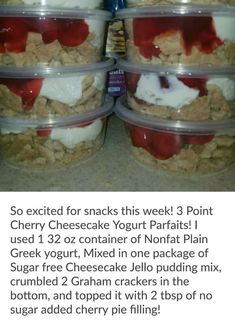 3 point Cherry Cheesecake Parfait Weight Watchers Freestyle by delia Weight Watcher Desserts, Weight Watchers Snacks, Weight Watchers Cheesecake, Weight Watcher Breakfast, Weight Watchers Smart Points, Weight Watchers Freezer Meals, Weight Watchers Casserole, Weight Watcher Dinners, Skinny Recipes