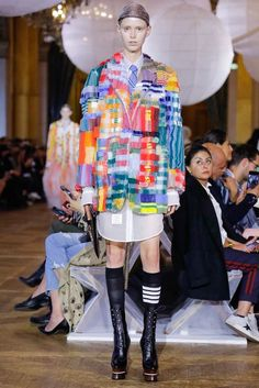 See the complete Thom Browne Spring 2018 Ready-to-Wear  collection.