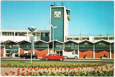 Christchurch International Airport, 1970's Post Card Christchurch New Zealand, King And Country, Commercial Aircraft, Canterbury, Homeland, Palm Springs, Old And New, Childhood Memories