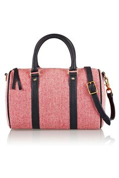 Pretty and easy to tote.
