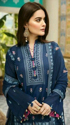 Pakistani Fashion Party Wear, Indian Fashion Dresses, Indian Designer Outfits, Hijab Fashion, Korean Fashion, Women's Fashion, Fashion Outfits, Beautiful Dress Designs, Stylish Dress Designs