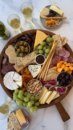 Charcuterie Recipes, Charcuterie And Cheese Board, Charcuterie Platter, Snack Platter, Meat Platter, Antipasto Platter, Cheese Boards, Party Food Platters, Cheese Fruit Platters