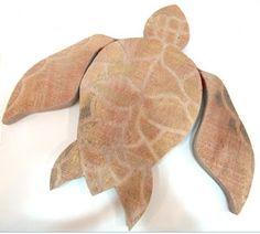 Ateliê Le Mimo: QUADROS E PLACAS  Placa tartaruga - peça em madeira Decoração marítima