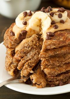 Banana Pancakes (Gluten-Free, Whole Grain, Dairy-Free). For the record, I don't care that they're gluten and dairy free- they look amazing! Dairy Free Recipes, Real Food Recipes, Cooking Recipes, Yummy Food, Banana Oat Pancakes, Pancakes And Waffles, Banana Bread, Oat Flour Pancakes, Think Food