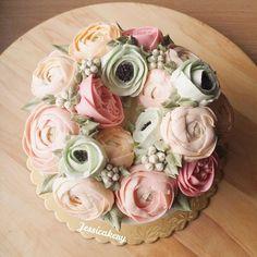 Цветы из масляного крема: