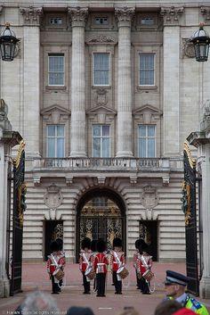 Changing of the Guard, Buckingham Palace, London
