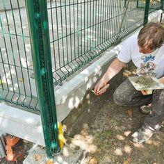 Boucher les côtés du chenil. Ladder, Pets, Coin, Centre, Nature, Arquitetura, Plott Hound, Animal Protection, Goat Shelter