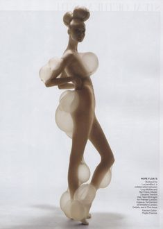 Blow Up, Caroline Trentini by Nick Knight for Vogue US, October 2010 lucy mcrae Mega Fashion, Fashion Art, Fashion Design, Crazy Fashion, Fashion Check, Fashion Shoot, Lucy Mcrae, Bart Hess, Caroline Trentini