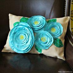 Цветочная подушка своими руками