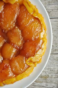 I make a mean Tarte Tatin. Easy Smoothie Recipes, Easy Smoothies, Snack Recipes, Cooking Recipes, Healthy Smoothie, No Cook Desserts, Coconut Recipes, Pumpkin Spice Cupcakes, Sweet Tarts
