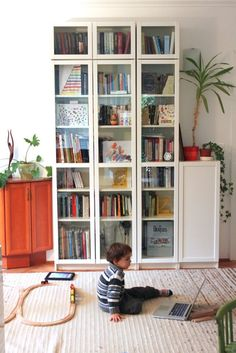 Billy Bookcase Design Ideas Lovely 37 Awesome Ikea Billy Bookcases Ideas for Your Home Digsdigs Billy Bookcase With Doors, Tall Bookshelves, Ikea Billy Bookcase Hack, Bookshelves In Living Room, Bookcase Door, Billy Bookcases, Living Room Designs, Living Room Decor, Room Decor For Teen Girls