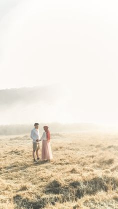 Pre Wedding Shoot Ideas, Pre Wedding Poses, Pre Wedding Photoshoot, Muslim Couple Photography, Wedding Photography, Prewedding Outdoor, Prewedding Hijab, Prenuptial Photoshoot, Fantasy Wedding