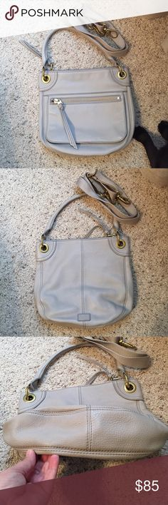 Fossil Karli Crossbody/shoulder bag Leather with brass details - light grey - excellent condition Fossil Bags Crossbody Bags