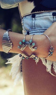 Love the steel and turquoise boho bangles. My kinda bracelets