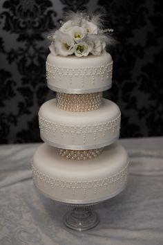 Indian Weddings Inspirations. White Wedding Cake. Repinned by #indianweddingsmag indianweddingsmag.com #vintage
