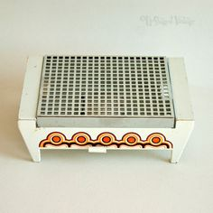 Vintage Retro 1970s Brabantia Plate or Food Warmer in White & Orange