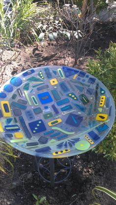 Birds Love Taking A Bath In This Fused Gl Birdbath