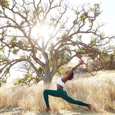 """""""There is love in everything, and when we really live and view life with an open heart... the light illuminates the way."""" – Kasi Kaye Iliopoulos. ✨🌟 @koyawebb is featured in the Aria Bra & Moto Legging. #aloyoga #beagoddess"""