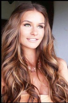 Brunette with red highlights | Hair Ideas