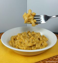 Emily Bites - Weight Watchers Friendly Recipes: Pumpkin Mac & Cheese