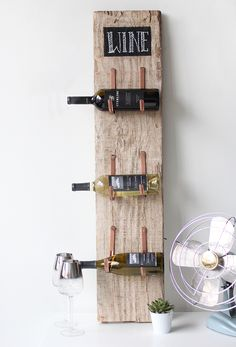10 easy diy wood projects for small spaces barn wood wine rack Wood Crafts Diy, Diy Furniture, Home Decor, Barn Wood Projects, Small Space Diy, Home Diy, Easy Woodworking Projects, Wood Wine Racks, Diy Wine Rack