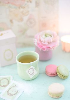 tee and macarons laduree