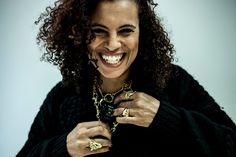 """Neneh Cherry es una de las estrellas de la programación del Kursaal Eszena de San Sebastián, ciclo musical que propone una docena de citas para su nueva temporada. Será el 28 de noviembre cuando la sueca ofrezca su directo en la sala de la capital guipuzcoana, con las canciones de """"Blank Project"""", el disco que publicó en 2014, como reclamo novedoso de una carrera que no vive de repetir primeros o lejanos hitos."""