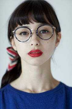 Ayami Nakajo×Blue I want those glasses! Japanese Models, Japanese Girl, Girls With Glasses, Fashion Models, Fashion Tips, Look Cool, Girl Photos, Asian Beauty, Cute Girls