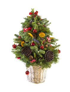 Aranjament Hand Made din crengi de brad decorat pentru craciun.  Hand Made Natural Christmas Tree