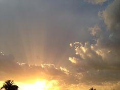 https://scontent-b.xx.fbcdn.net/hphotos-xaf1/t1.0-9/10259876_737368999657038_1311634137430835784_n.jpg Sunset at Cape Coral, FL