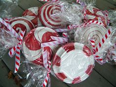 """peppermint candy"" made from paper plates ---- USE THIS TO WRAP STUFF like candy and cookies or anything that fits in!"