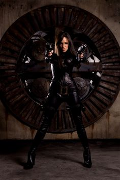 7a6ac58eb6 Sienna Miller as The Baroness in G.I. JOE  THE RISE OF COBRA (2009)